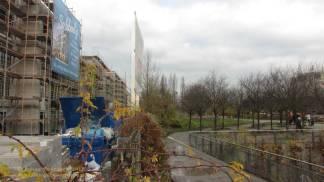 """Groth-Baustelle am Mauerpark, Blick auf die Baustelle von """"meiner Bank"""" aus Richtung Norden, Sonntag, 26. November 2017"""