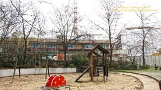 Groth-Baustelle am Mauerpark; Blick von den Höfen der Graunstraße aus; der neue Kindergarten entsteht; Sonntag, 26. November 2017