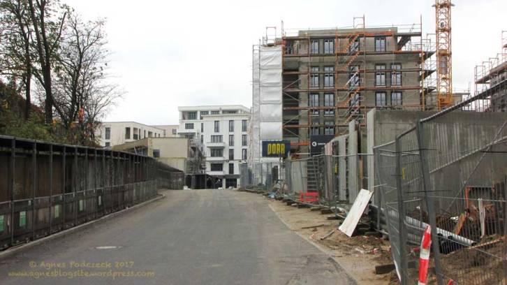 Groth-Baustelle am Mauerpark; Zugang zur Baustelle von Süden, der Gleimstraße, aus; Sonntag, 26. November 2017