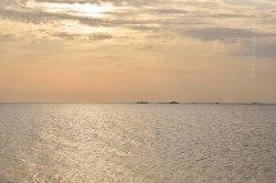 Nordseeinsel Pellworm. Blick Richtung Hallig Hooge im Abendlicht, Juli 2019